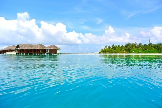 maldives-262510_640