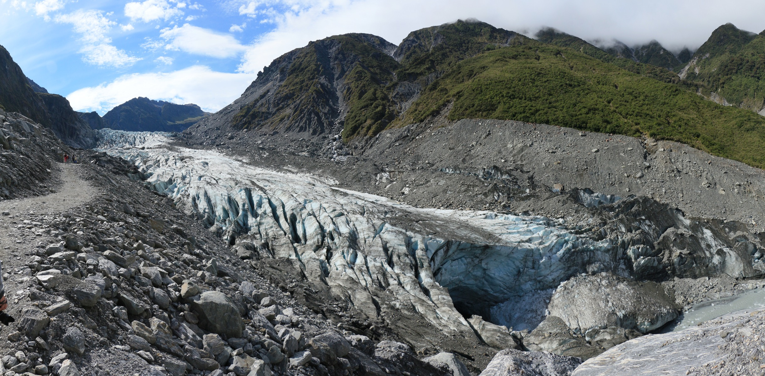 E48400_-_Lower_part_of_Fox_Glacier_with_glacier_mouth,_February_2013