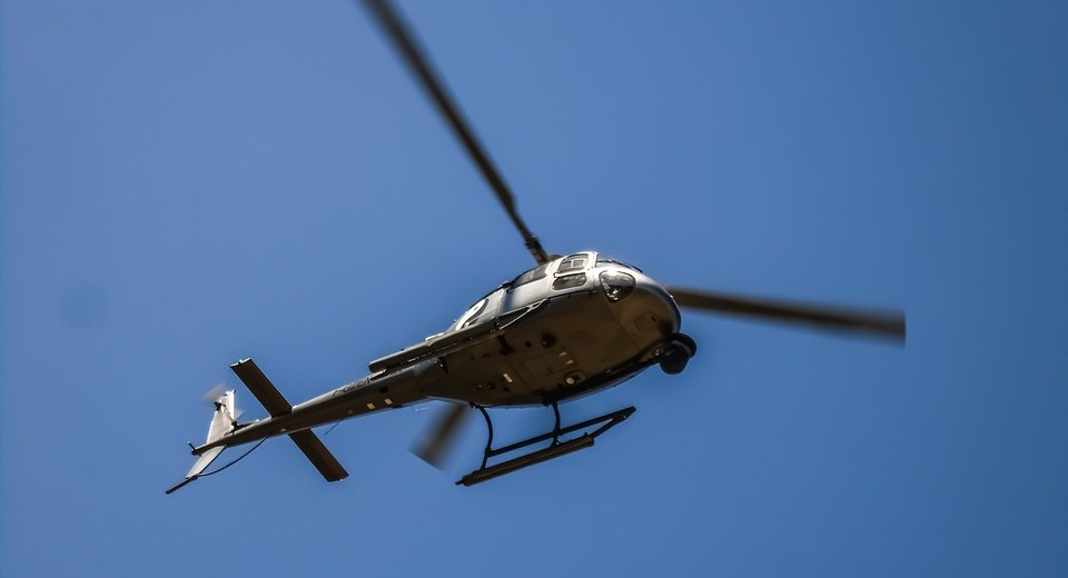 helicopter-1136397_960_720