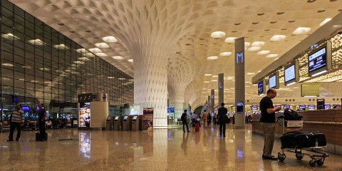1200px-mumbai_03-2016_114_airport_international_terminal_interior