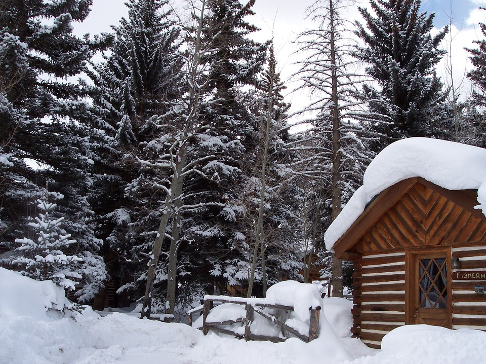 winter-cabin-899958_960_720