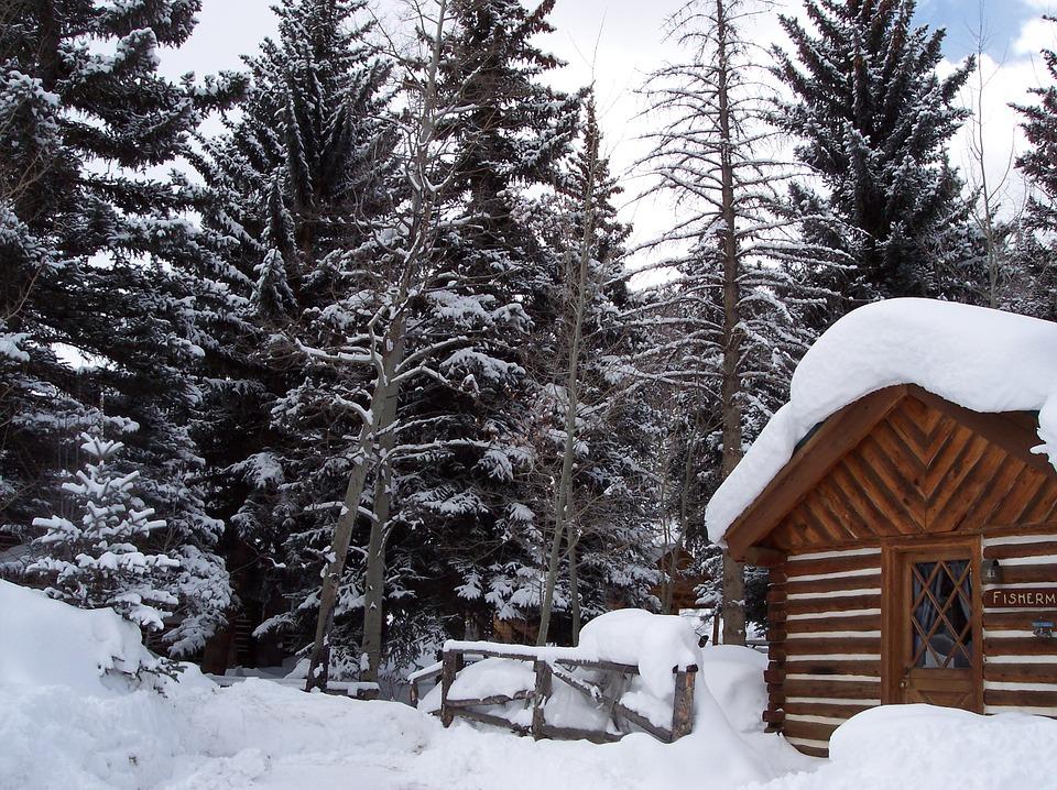 winter-cabin-899958_960_720